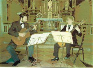 Chiesa di Borgo Sacco - Rovereto Chitarristi Carla Tessari e Irio Zenatti 30 gennaio 2000